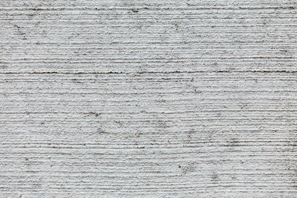 Gebezemde betonplaat